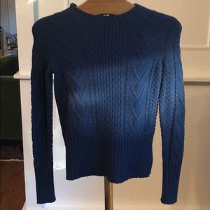 Gap Cable Knit Sweater. Size XS. New with Tags.